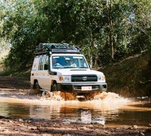 Britz Safari Landcruiser 4WD exterior