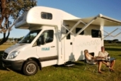 Premium 4 berth Maui Platinum Beach