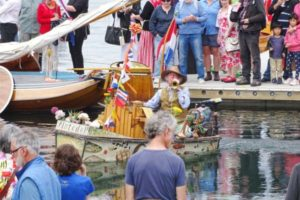 hobart royal wooden regatta Monkey Organ and Bugle