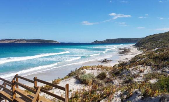 blue aqua sea white sandy beach blue sky esperance ocean drive