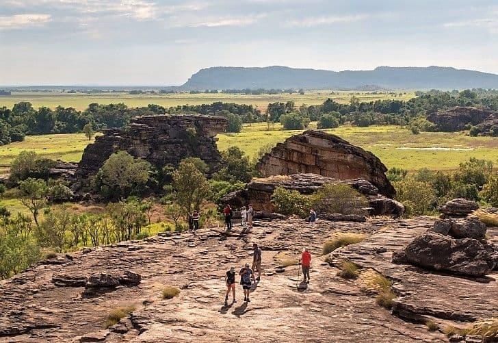 motorhome hire australia road trip ubirr northern territory